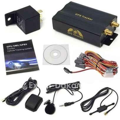 Gps de surveillance voiture ou moto - par carte sim et fonction arrêt moteur à distance image 2