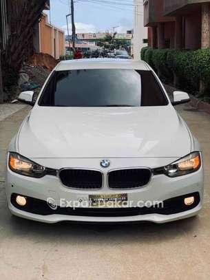 BMW Serie 3 2016 image 2