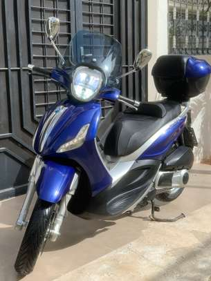 Piaggio Beverly Led 300ie image 1
