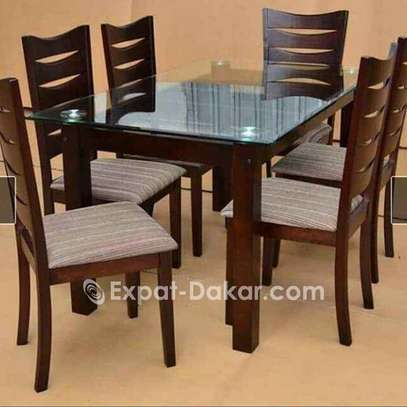 Promotion table à manger en bois image 4