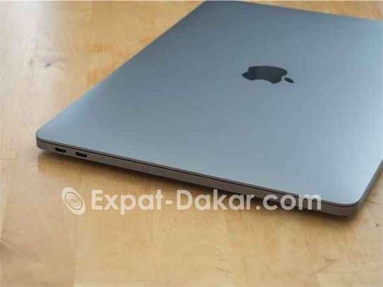 MacBook Pro 2017 i7 image 1