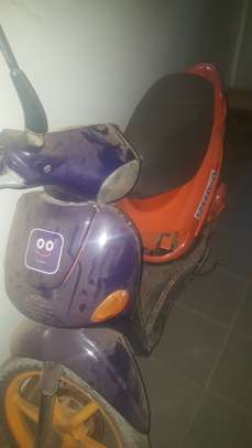 Scooter image 3