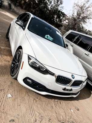BMW 328i 2016 image 1