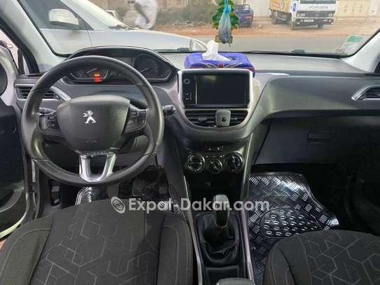 Peugeot 2008 2015 image 3