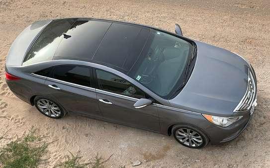 Hyundai Sonata 2.0T 2012 image 1