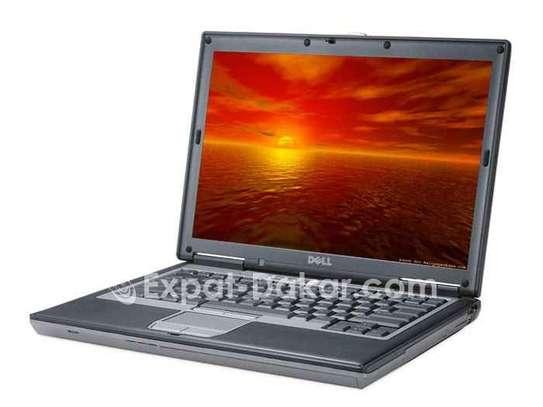 Dell Latitude D820 image 1
