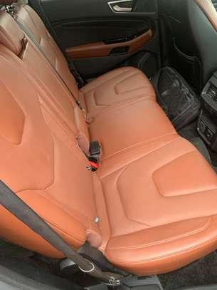 Ford Edge image 5