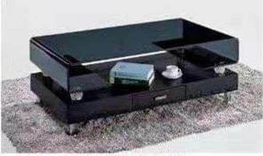 Table en verre image 1