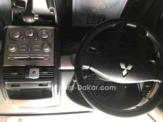 Mitsubishi Galant 2012 image 2
