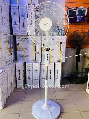 Ventilateur Evernal 18 stand image 1