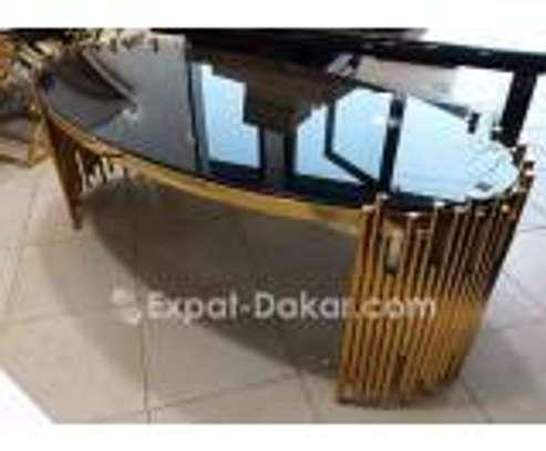 Table basse dorée image 3