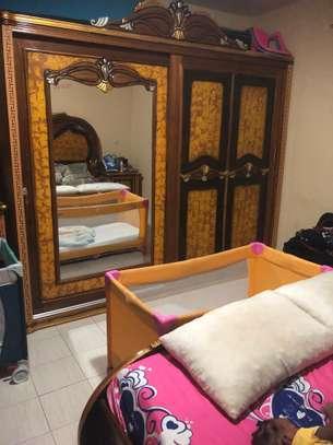 Bazar Chambre à Coucher image 2