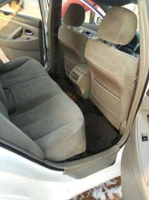 Toyota Camry image 6