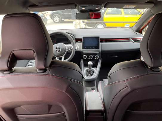 Renault Clio 5 rs line année 2020 4900km essence manuelle vehicule neuf image 3