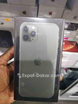 IPhone 11 Pro Max 256 Gb image 3