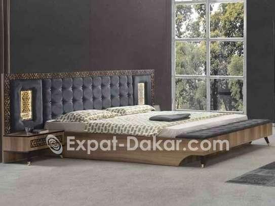 Chambres à coucher importées image 1