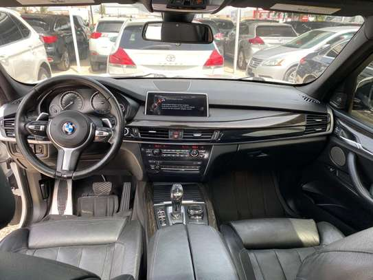 BMW X5 image 8