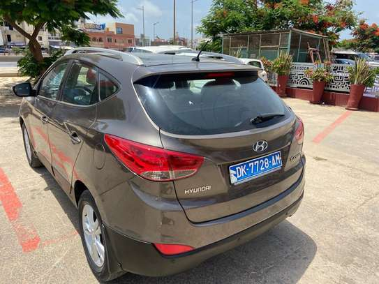 Hyundai tucson 2011 image 1
