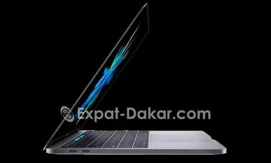 Macbook Pro touchbar core i7 2017 image 4