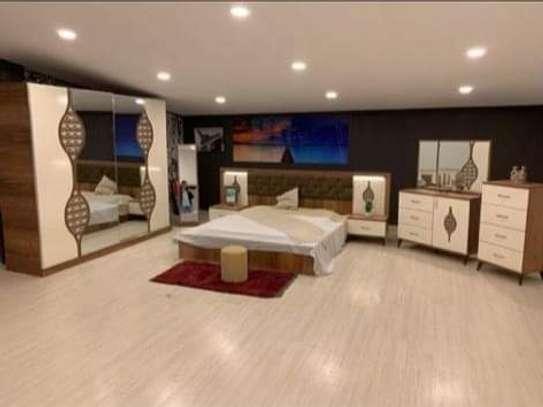 Chambre à coucher moderne image 1