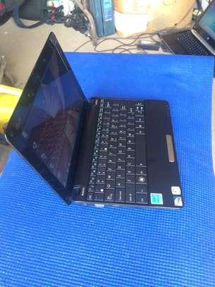 Vente  d'ordinateur portable  Mini Asus image 2