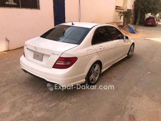 Mercedes  C300 image 4