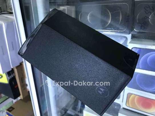 Motorola  razer image 5