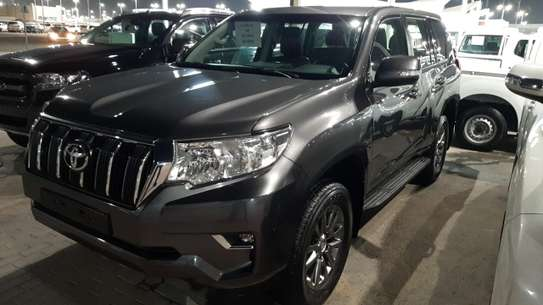 Toyota Prado 2019 image 1