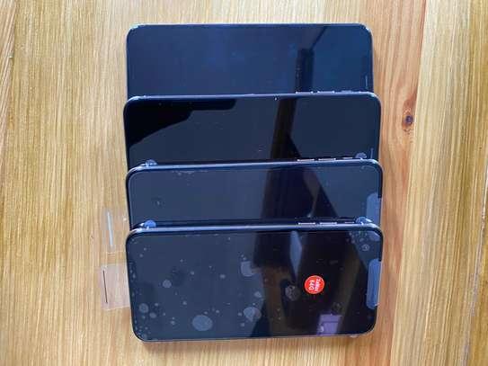 Iphone XsMax 64gb image 4