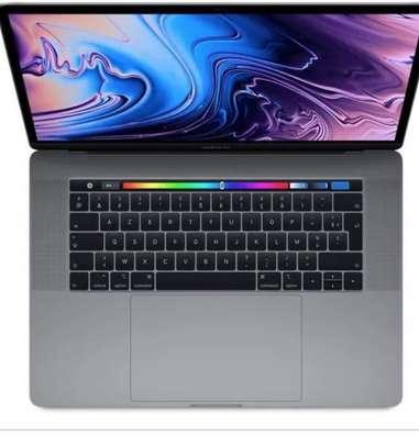 MacBook Pro touchbar 15pouces core i7 Ram16 image 3