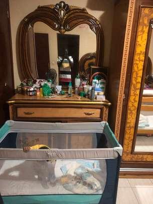 Bazar Chambre à Coucher image 4