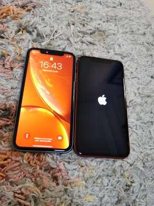 IPhone xr 64go vendu sur facture image 5
