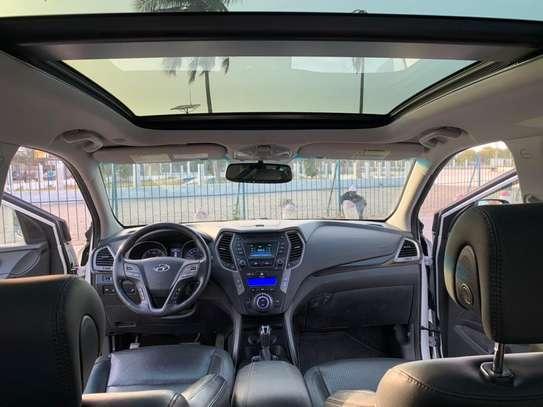 Hyundai Santafe 2014 image 9