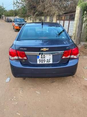 Chevrolet cruze image 2
