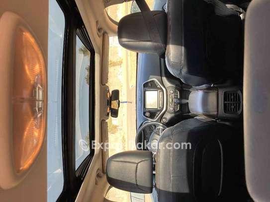 Jeep Cherokee 2014 image 3