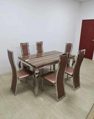 Table en marbre + 6 chaises image 3