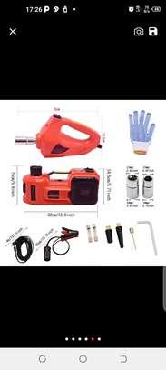 Cric hydraulique et électrique image 2