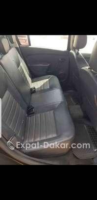 Dacia Logan 2013 image 3