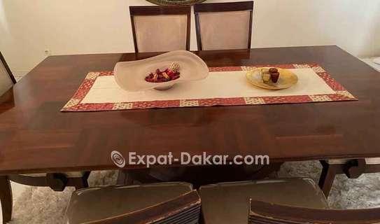 Table à manger 6 places + buffet image 4