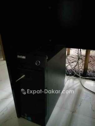 Vente de deux ordinateurs image 2