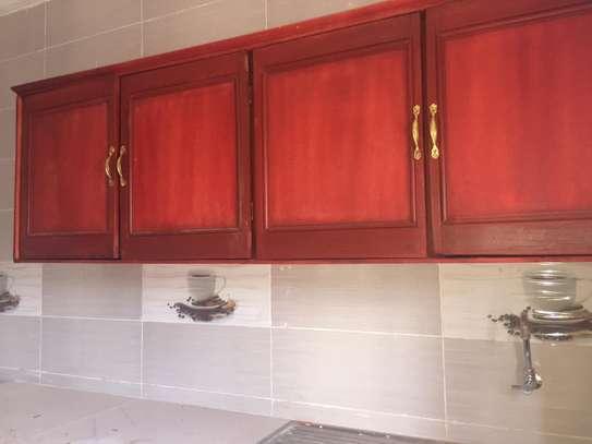 Appartement spacieux et récent à louer à Keur Massar image 6