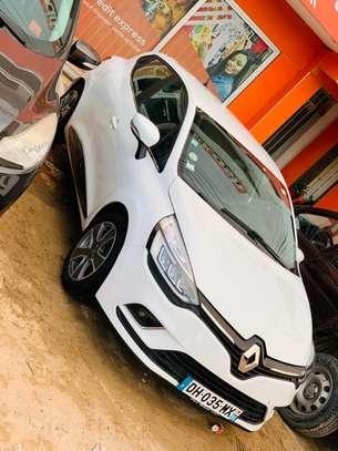 Renault Clio 2014 image 2