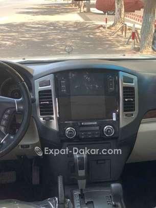 Mitsubishi Pajero 2015 image 3