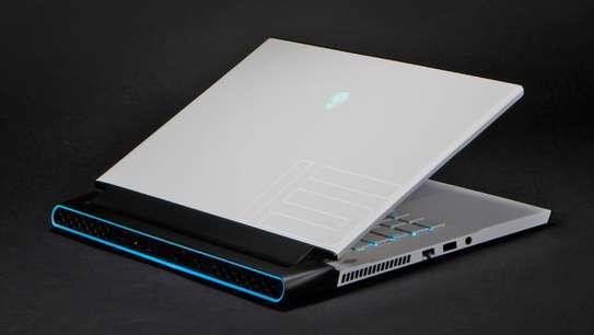 Alienware M15 R2 i7 9eme Gen avec RTX 2070 image 3