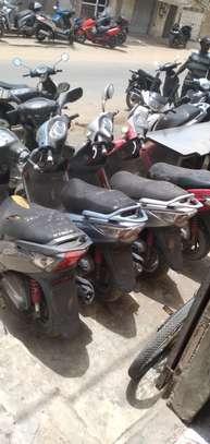 Kymco jockey 125cc image 4