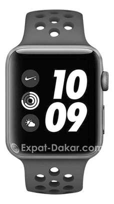 Apple watch serie3 Nike 42mm GPS +scelullaire image 5
