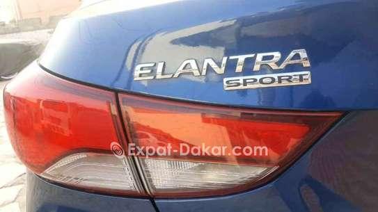 Hyundai Elantra 2016 image 4