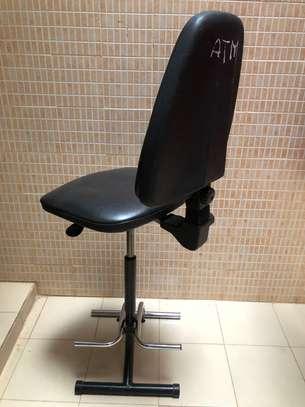 Chaise haute en cuir très confortable image 6