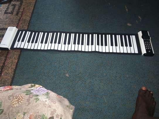 Piano Roland image 3