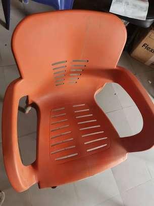 Table et Chaise en plastique image 2